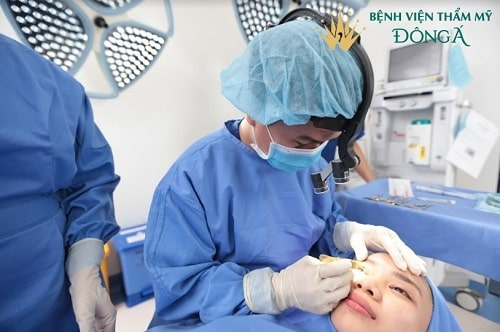 Bệnh viện Thẩm mỹ Đông Á - đơn vị thẩm mỹ mắt hàng đầu VIỆT NAM 4