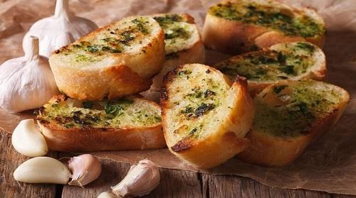 Cắt mí có được ăn bánh mì không? Những món ngon cho người cắt mí 2