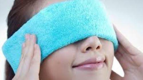 Lấy mỡ mí mắt trên có đau không? Chuyên gia thẩm mỹ mắt giải đáp 2