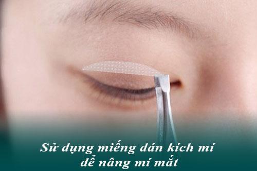 3 Cách nâng mí mắt không cần phẫu thuật Đơn Giản/Hiệu Quả tại nhà 1